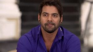 Kumkum Bhagya Episode 1032 Update on Friday 30th March 2018-  Abhi tells Aaliya that he knew that her plan failed to get his property..
