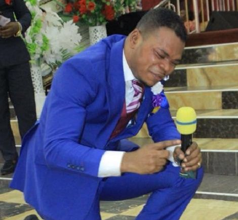 HOT VIDEO: Obinim 'commands' wedding rings for single female members