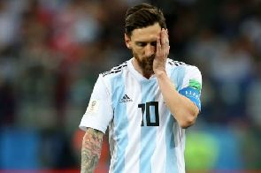 Messi is not a leader like Ronaldo – Petit
