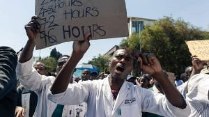 Zimbabwe fires striking doctors
