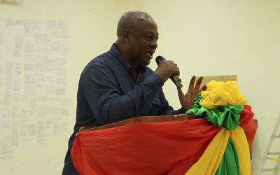 I Will Not Let You Down – Mahama To Ghanaians