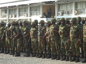 Soldiers storm Domefaase as residents flee over assault